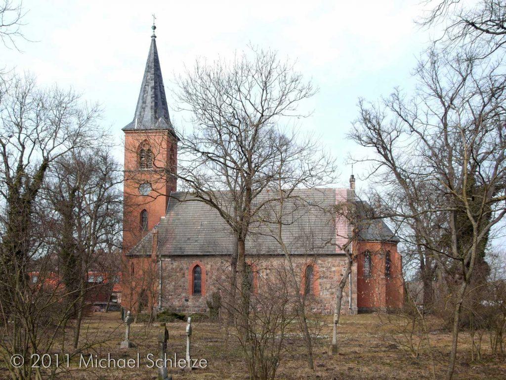 Vom mittelalterlichen Bauwerk blieben nur Teile der Außenmauern