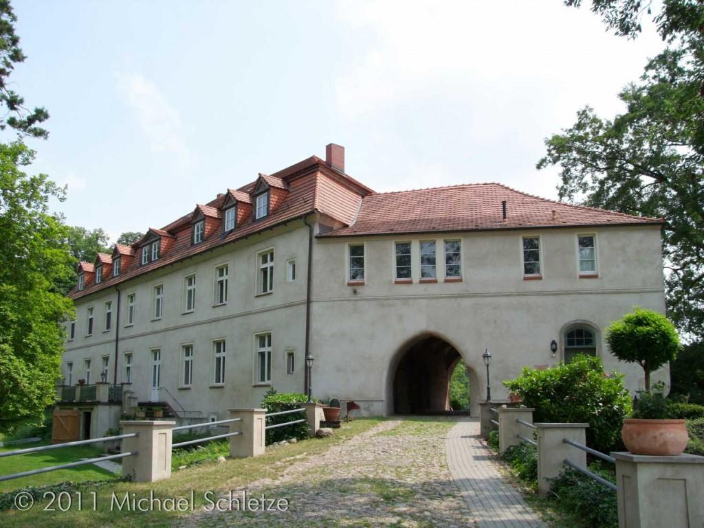 Zugang zur Burg Neuhausen