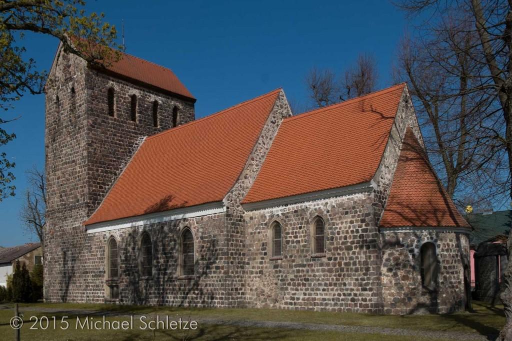Dorfkirche Herzfelde von Südosten