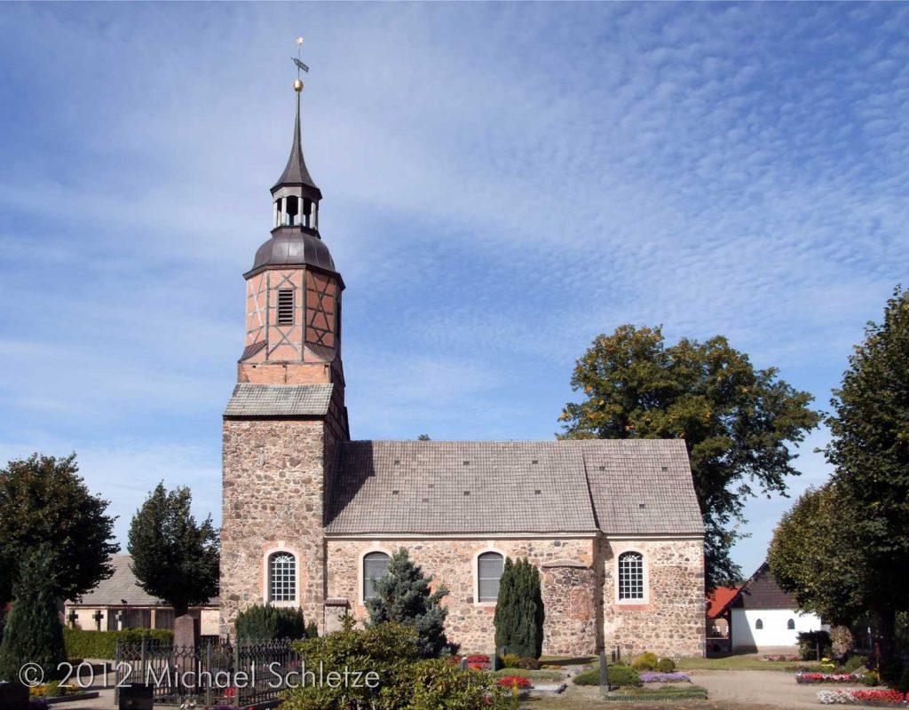 Dorfkirche Uckro von Süden