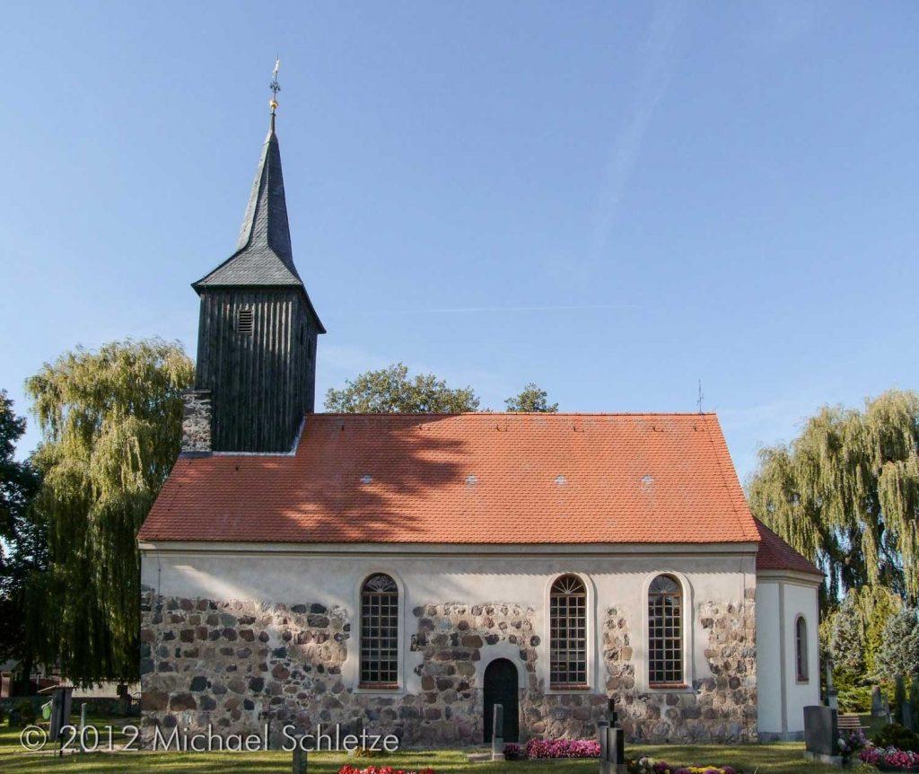 Zu Beginn des 20. Jahrhunderts stark verändert: Die Kirche in Zöllmersdorf