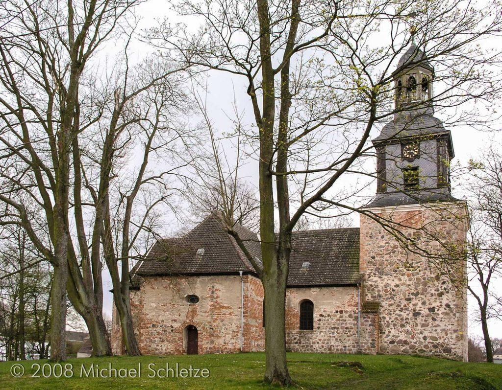 Dorfkirche Vehlefanz von Norden