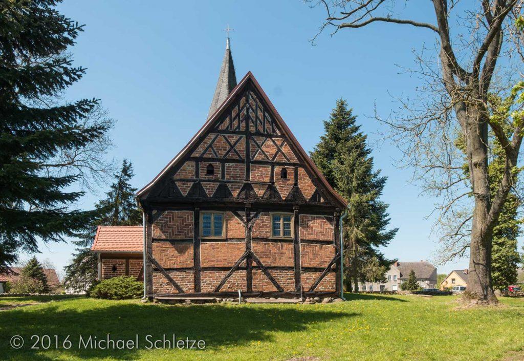 So ähnlich dürfte mancher Vorgängerbau der Feldsteinkirchen ausgesehen haben