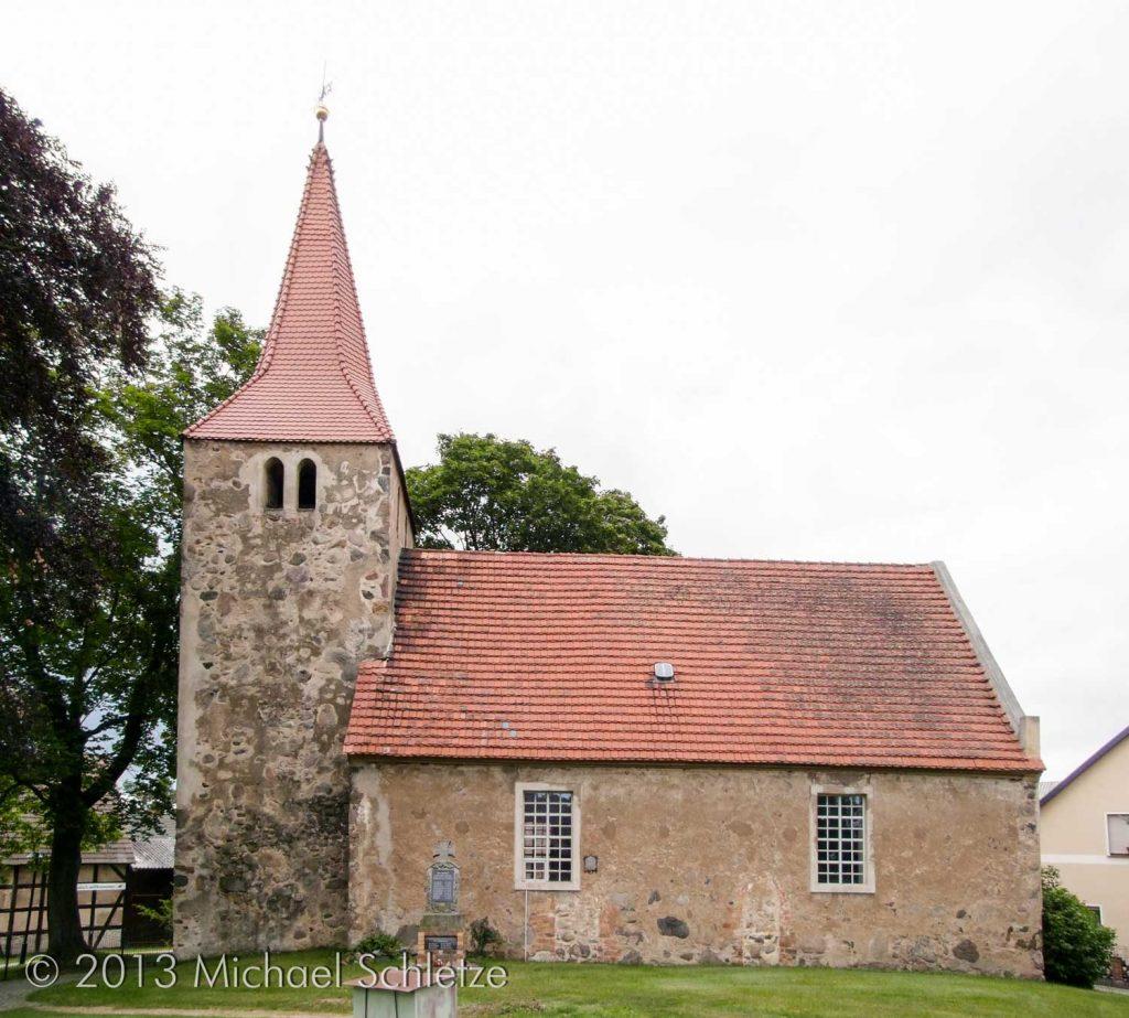 Barockzeitliche überformt: Zagelsdorfs Kirche von Süden