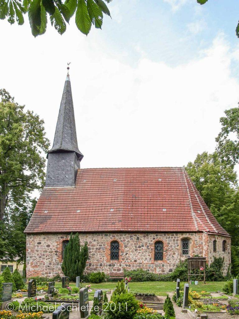 Lübbenow: Kleiner spätmittelalterlicher Kirchenbau