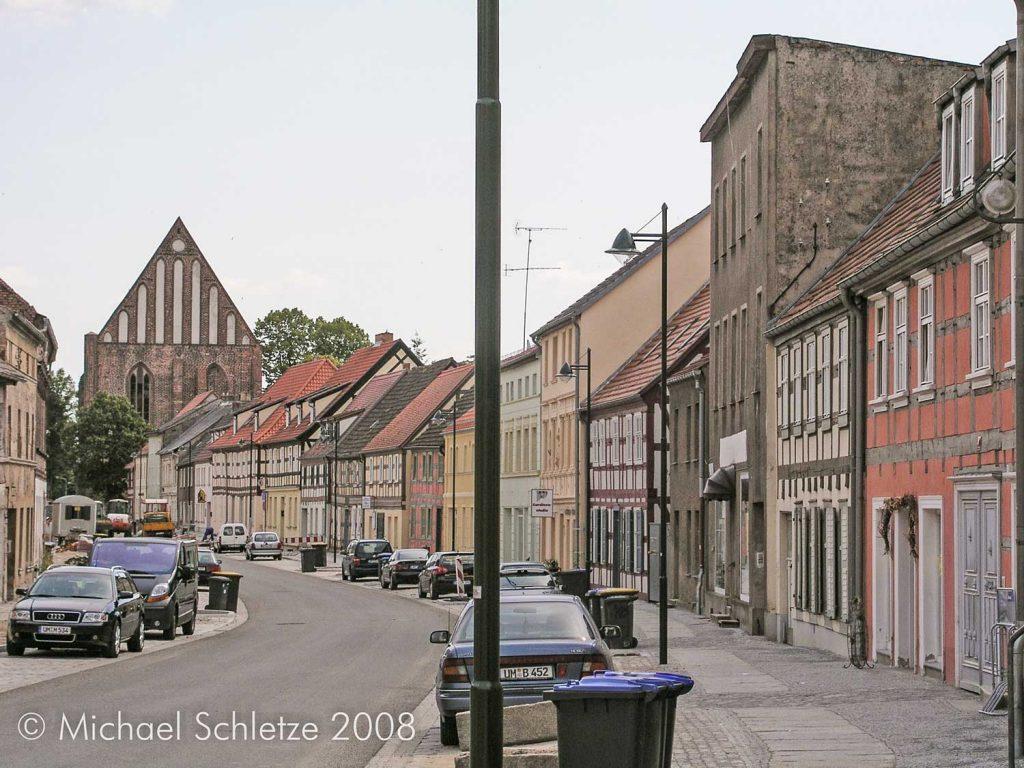 angermuende_blick_zum_kloster