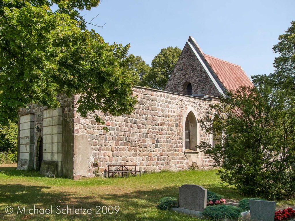 Dorfkirche Birkholz von Südwesten