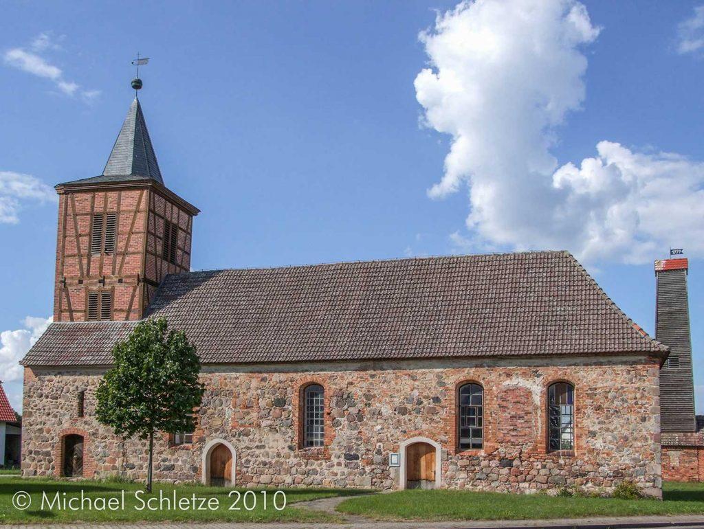 Dorfkirche Boecke in ihrer heutigen Gestalt von Süden