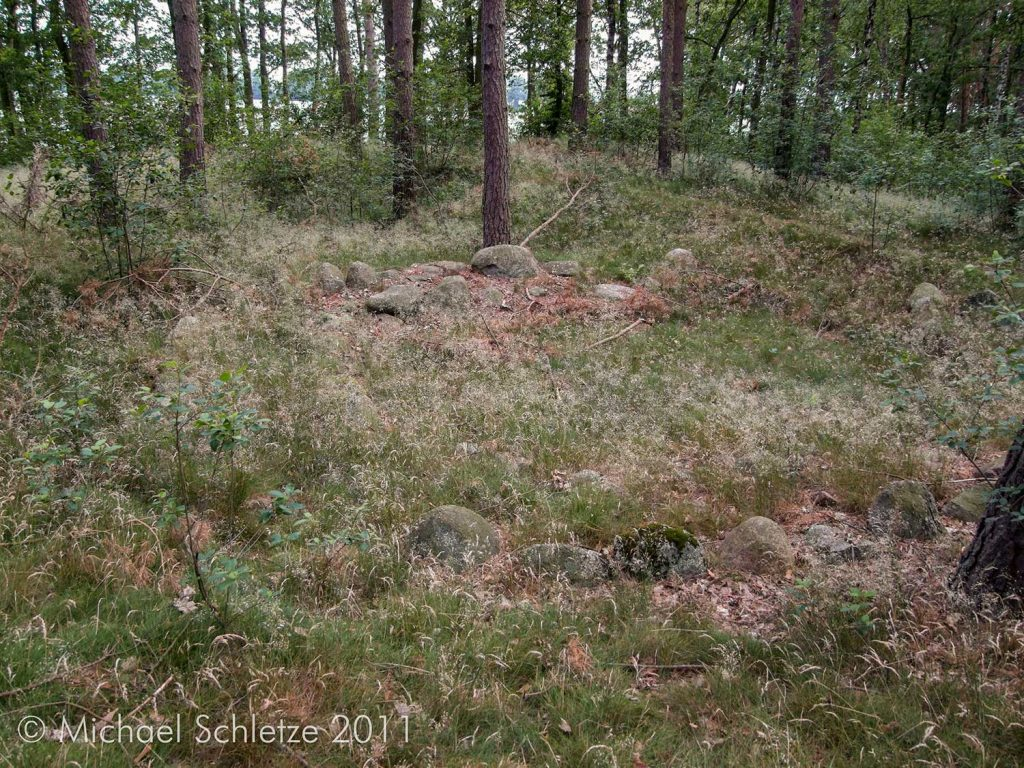 Der doppelte Steinkreis im südlichen Bereich der Düne