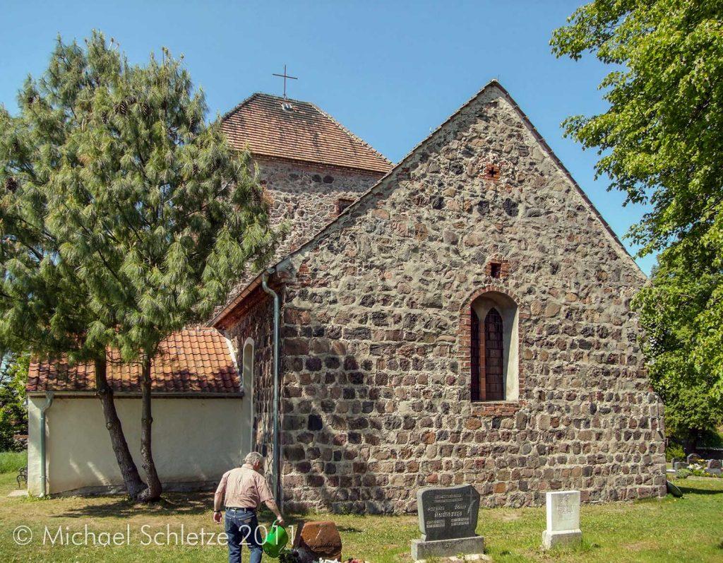 Neuentempels Dorfkirche von Osten